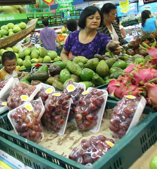 Hoang mang vì trái cây nhập khẩu tẩm chất độc - 1