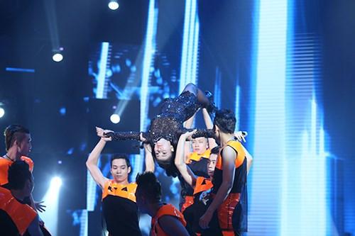 """Thu Minh chứng tỏ đẳng cấp """"nữ hoàng nhạc dance"""" - 3"""