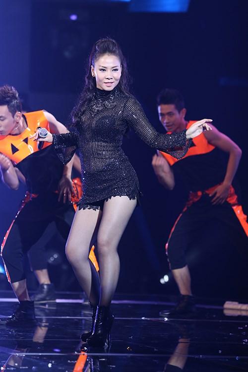 """Thu Minh chứng tỏ đẳng cấp """"nữ hoàng nhạc dance"""" - 2"""