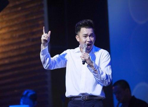 Văn Mai Hương đón sinh nhật bên 4 hot boy nhạc Việt - 5