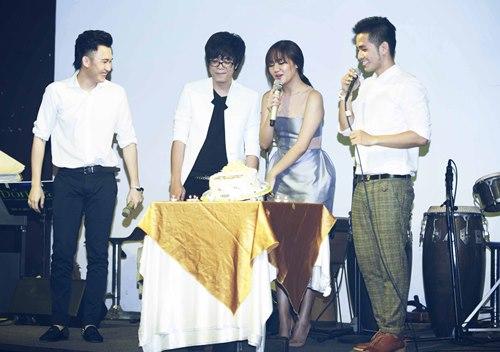 Văn Mai Hương đón sinh nhật bên 4 hot boy nhạc Việt - 6