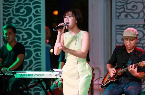 Văn Mai Hương đón sinh nhật bên 4 hot boy nhạc Việt - 10