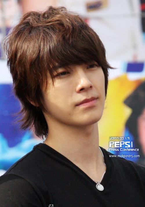 Ngắm ảnh ngày bé siêu dễ thương của Super Junior - 1