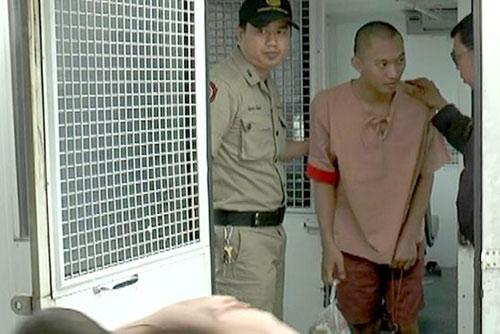 Thái Lan: Tuyên tử hình kẻ hiếp dâm thiếu nữ trên tàu - 1