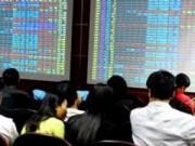 Áp lực bán mạnh, VN-Index vẫn dưới mốc 600 điểm