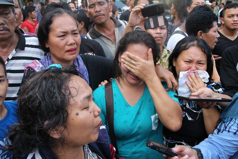 Máy bay quân sự Indonesia rơi: Ít nhất 116 người chết - 4