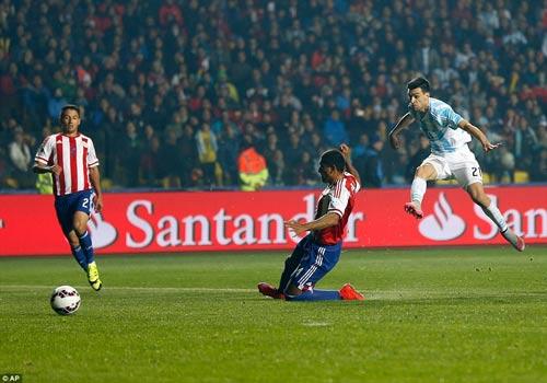 """Không ghi bàn, Messi vẫn là """"siêu nhân"""" - 3"""