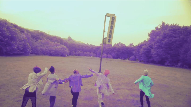 """Big Bang gây choáng với hai ca khúc """"điên"""" và buồn nhất - 1"""