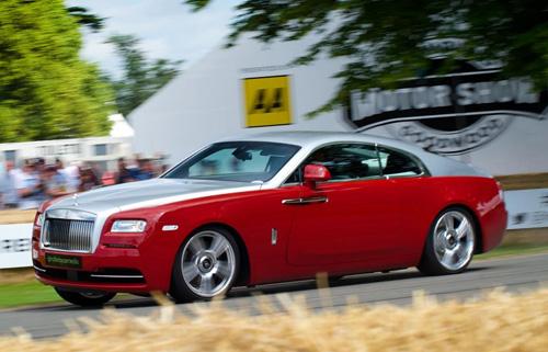"Rolls-Royce Wraith cho Porsche 918 Spyder ""ngửi khói"" - 3"