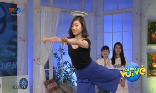 """Hà Thanh """"tuyển gấu"""", biểu diễn thăng bằng với đĩa - 1"""
