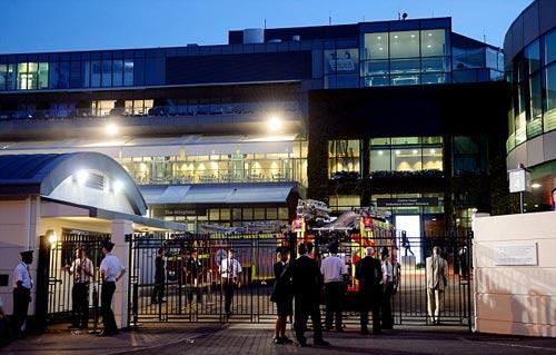 Wimbledon: Khán giả tá hỏa vì cháy SVĐ trung tâm - 6