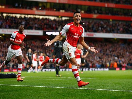 Sanchez tỏa sáng Copa, Arsenal mơ ngai vàng NHA - 2