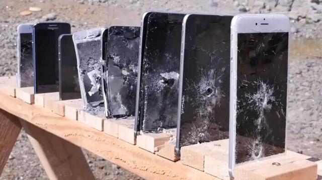 Bao nhiêu chiếc iPhone mới chặn được đạn AK-74? - 1