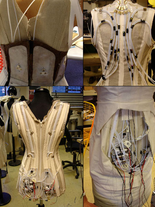 Loạt váy áo biến ảo kỳ lạ khiến người xem ngỡ ngàng - 1