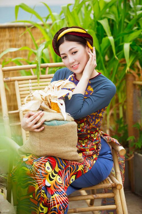 """Á hậu Tú Anh """"hóa"""" cô Tấm với áo dài dân tộc - 6"""