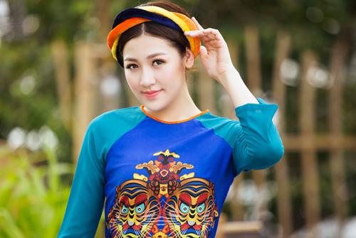 """Á hậu Tú Anh """"hóa"""" cô Tấm với áo dài dân tộc - 10"""