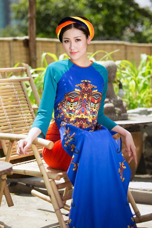 """Á hậu Tú Anh """"hóa"""" cô Tấm với áo dài dân tộc - 9"""