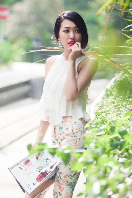Joxy Thùy Linh khoe bộ ảnh mới trong chuyến công tác tại Singapore - 12