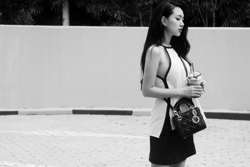Joxy Thùy Linh khoe bộ ảnh mới trong chuyến công tác tại Singapore - 3