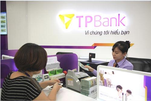 Ngân hàng đầu tiên công bố lợi nhuận 6 tháng đầu năm vượt kế hoạch - 2