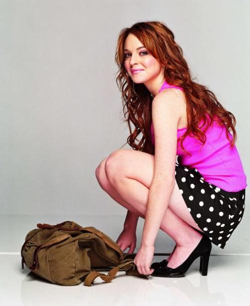 """""""Gái hư"""" Lindsay Lohan xập xệ như U50 ở tuổi 28 - 1"""