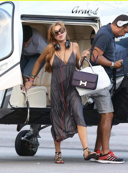 """""""Gái hư"""" Lindsay Lohan xập xệ như U50 ở tuổi 28 - 13"""