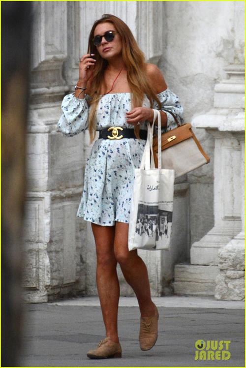 """""""Gái hư"""" Lindsay Lohan xập xệ như U50 ở tuổi 28 - 19"""