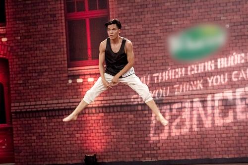 Vũ công 1 tay gây bất ngờ tại Thử thách cùng bước nhảy 2015 - 7