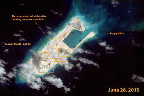 TQ lần đầu diễn tập tiếp tế tên lửa trên biển - 2
