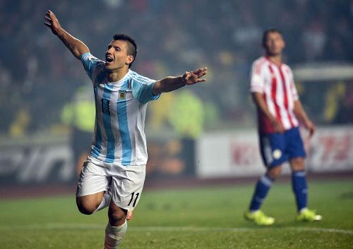 """Sanchez - Aguero: """"Đại bàng xanh"""" đấu """"Khẩu thần công"""" - 2"""
