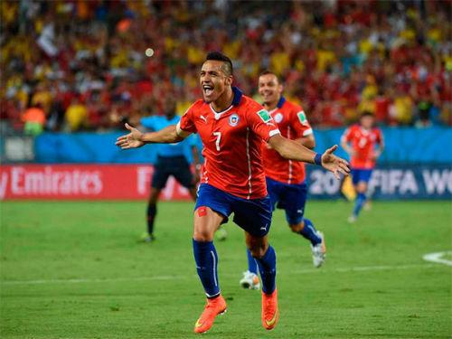 """Sanchez - Aguero: """"Đại bàng xanh"""" đấu """"Khẩu thần công"""" - 3"""