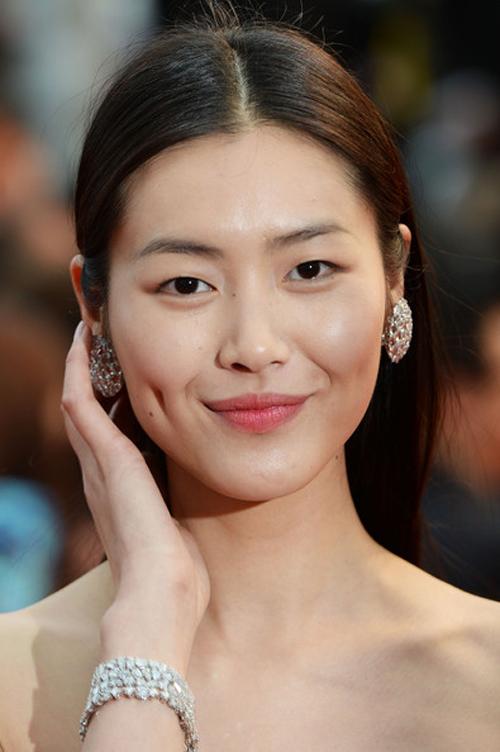 Liu Wen: Từ gái quê đến siêu mẫu triệu phú - 3