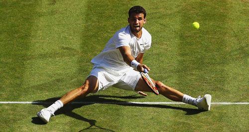 """Hot shot: Cú móc bóng khó tin của """"Tiểu Federer"""" - 1"""