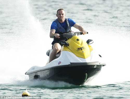 Sao 360 độ: Rooney chơi thả phanh ở Barbados - 4