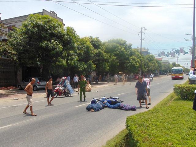 Ra hiệu dừng xe chạy quá tốc độ, CSGT bị đâm bất tỉnh - 2
