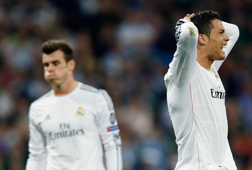 """Ronaldo nổi cáu với trợ lý: """"Anh làm tôi trông ngu ngốc"""" - 3"""