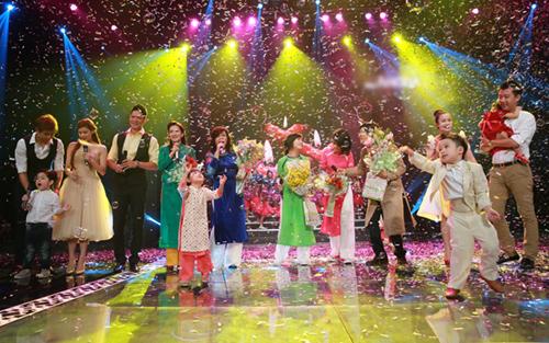 Phương Thảo, Ngọc Lễ khóa môi ngọt ngào trên sân khấu - 17