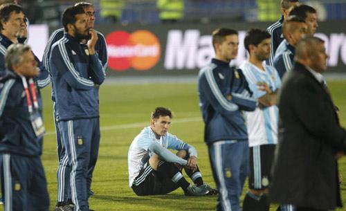 Messi lại thất bại: Bi kịch của những thiên tài - 1