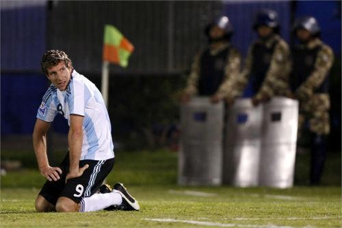 Argentina: 22 năm trắng tay vì đá 11m kém - 3