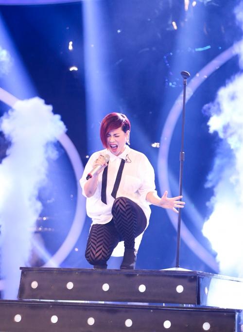 Vân Quỳnh gây tiếc nuối khi bị loại sớm ở Vietnam Idol - 1