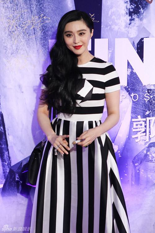 """Cựu hoa hậu Hong Kong mở cửa hàng bán đồ """"người lớn"""" - 4"""