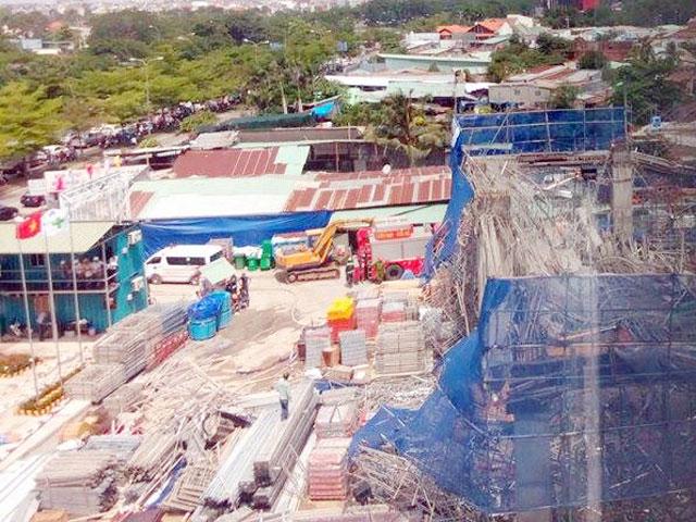 Hiện trường đổ nát vụ sập giàn giáo công trình 17 tầng ở TP.HCM - 1