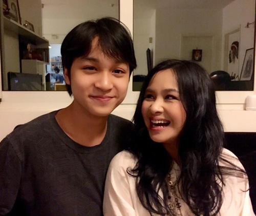Những cậu ấm điển trai như tài tử của sao Việt - 9