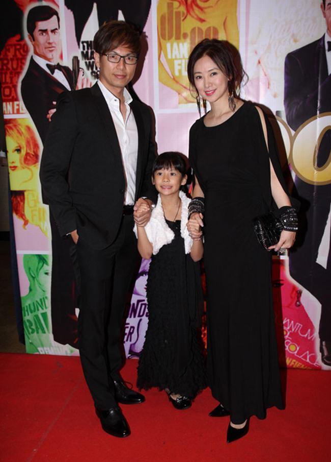 Nữ hoàng phim cấp 3 Hồng Kông U50 vẫn đẹp rạng ngời - 6