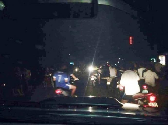 Vệt sáng, vụ nổ ở Hà Tĩnh vẫn còn bí ẩn - 2