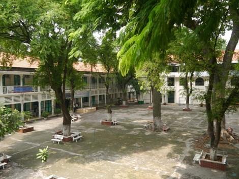 Độc đáo những ngôi trường trăm tuổi ở Sài Gòn - 3