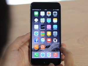 """iPhone đang hái ra tiền, Apple """"nuốt"""" trọn ngành smartphone"""
