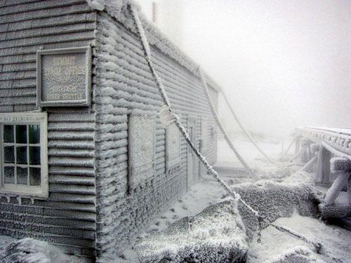Thám hiểm ngọn núi có khí hậu tồi tệ nhất hành tinh - 1
