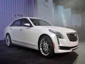 Những mẫu xe nào đổ bộ thị trường cuối năm 2015?