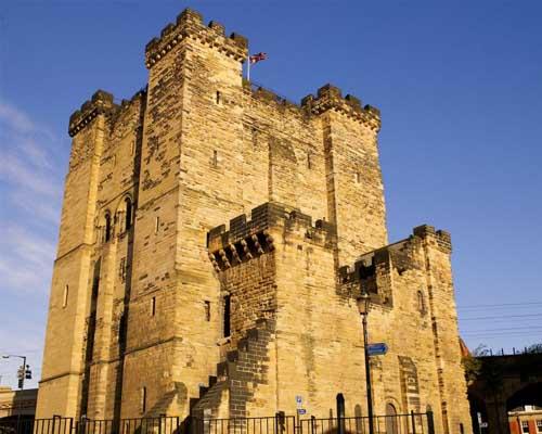 Lạnh gáy những lâu đài ma ám đáng sợ nhất thế giới - 6